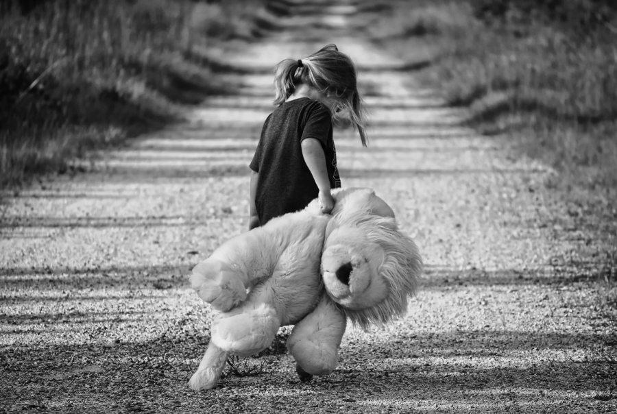 black-and-white-child-cute-48794.jpg
